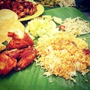Banana leaf rice lunch at Raju's--my first time haha Yummmy