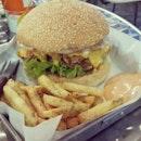 Damn HUGE Cheezy Chicken Burger😚😚 Nomnom✌ #bighugburger #cheese #cheezychickenburger #frenchfries #instafood #foodporn #foodies #foodstagram #asiansatwork #foodhunter #burger #favorite #boyfie #cindyhasdinner #shapilapfish #teehee