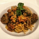 Wagyu Beef Meatballs atop Tomato Pasta #foodporn #foodgasm #instafood #instagood #shook