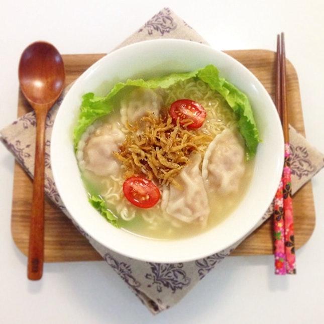 Cintan Noodles Dumpling Soup