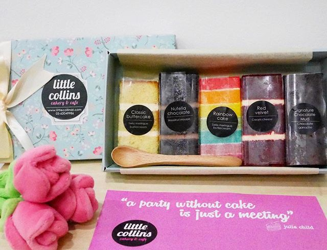 A box of Happiness | Thanks @burpplekl & @littlecollinskl for this box of lovely cakes.