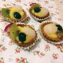 Bought fruit tarts from @qianhanny and it was really cute and nice!