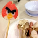 Angry bird fish cake #foodoftheday #foodpornasia #foodporn #foodphotography #singapore #instafood #foodspotting #foodforfoodies #foodpictures #nomnomnom #foodart #artfood #yum #foodie #onlyinsg #foodgasm #loklok #angrybird