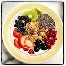 My morning fuel ❤ #breakfast #granola #yogurt #strawberries #blueberries #kiwi #grapes #pomegranateseeds #chiaseeds #fruits #goodness #healthy #cleaneating #fitspo #fitfam #loveit #sogood #foodgoodforyou #everyday #everymorning #goodstartofftotheday