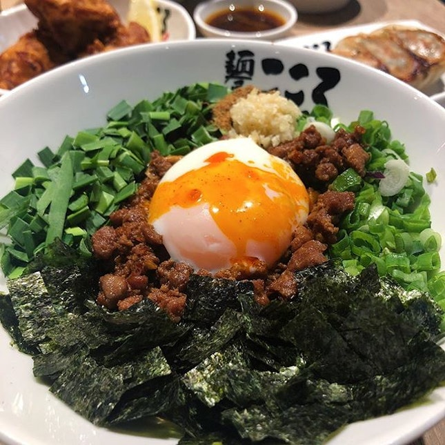 If you love minced pork noodles like bak chor mee and zha jiang mian, MAZE-SOBA WOULD BE NO EXCEPTION .