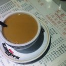 10 Uniquely Hong Kong Items: #6 Yin-yang (coffee, tea and milk in a cup).