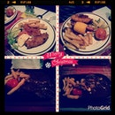 Hearty Christmas Dinner with Family 😁❄🍴🎉 #Christmas #hearty #sinful #dinner #family #food #steak #happy #kids #sinful #potd