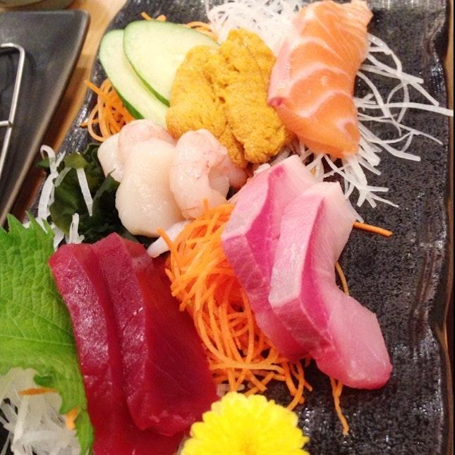 6 Kinds of Sashimi
