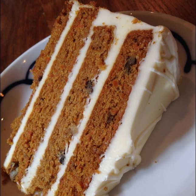4-Layer Carrot Cake. Yummy!! Must Try Even For Non Carrot Cake Fan Like Me