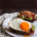 When you want an easy to whip up but fancy #brunch, you make Avocado Toast.