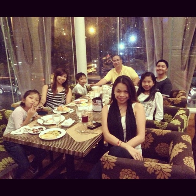 dinner buffet with my beloved family❤