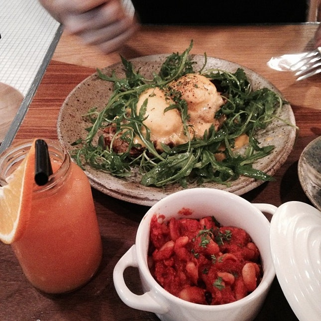 Breakfast at the common man on Monday with @lohehun #foodporn #cafe