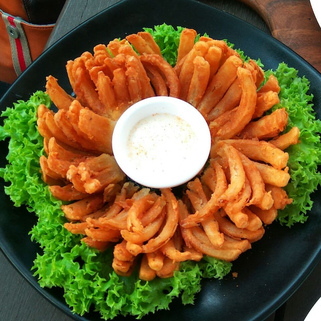 Blossom Of Onion Rings