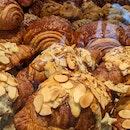 Almond Crossiants