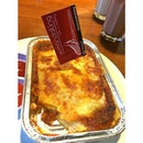 Lasagna 🍴 #kittencindy #earlydinner #kuliner #foodgasm #foodoftheday #cafetocafe #tabletotable #demandailing #surabaya
