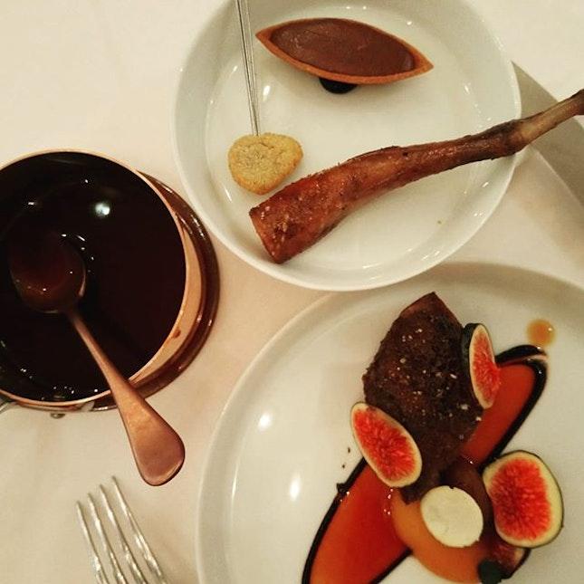 #kampot #pepper crusted #pigeon with #chestnut, Sollies figs and black garlic (3/3)  #threemichelinstars #michelinguide  #8dayseat #burpple #eatoutsg #foodiesg #foodphotography #foodporn #foodpornsg #foodsg #foodstagram #hungrygowhere #igfoodies #instafoodsg #instafood_sg #sgeats #sgfood #sgfoodblogger #sgfoodie #sgfoodies #sgfoodporn #sgfoodunion #singaporefood #tslmakan #whati8today #yahoofood