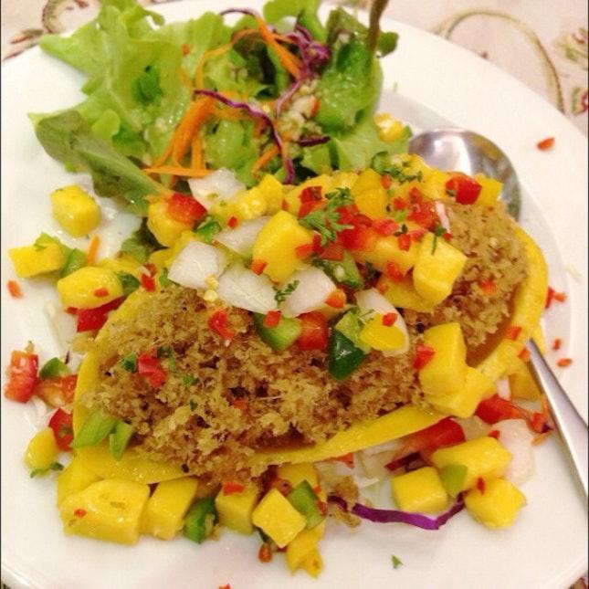 ปลาฟูกับซัลซ่ามะม่วง