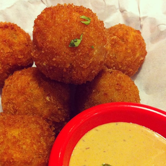 Texas Cheese Poppers #food #foodporn #cheese