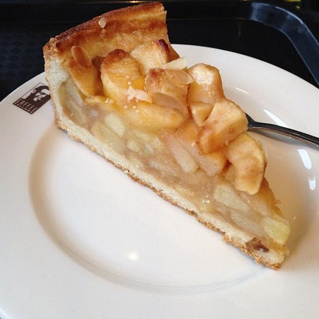 Brekkie: Apfelkuchen (Apple Cake) with very average coffee.  At least there's free wifi. #livetoeat #food #foodie #foodporn #foodstagram #sgfood #sgfoodie #instafood #foodphotography #sgig #germany #frankfurt #apple #cake #brekkie