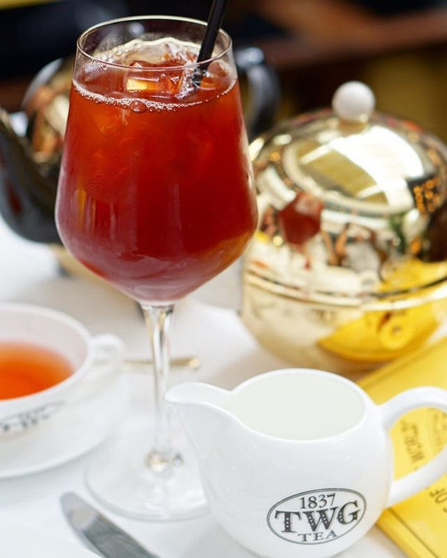(3/3) Tea-licious Thursday: Loving the colour of @TWGTeaOfficial's #Christmas Red Tea!