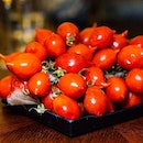 These grape tomatoes, with perky ends, from Naples are just plain gorgeous.