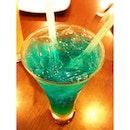 Blue Ocean 🍸 #blue #ocean #drink #drinkinsta #instafood #instadrink #food #asia #asian #orange #soda #pizzahut #happy #mix #satnight