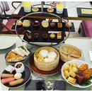 #lategram - it been such a long time we last hang out 👭 a perfect day for #hightea ..