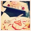 #dessert #strawberry #pancake #pannacotta #olala #bandung #pictoftheday #yum #chillen #instagram #instagood #instacool #holiday #instaco #ipadnesia #pictoftheday #webstagram #friends #instafood #ig #igers