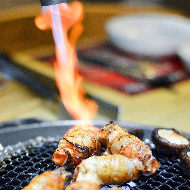 Mix Kkochi Platter ($21.90 for 5 skewers) - time to burn away the weekday stress as it's Friyay!