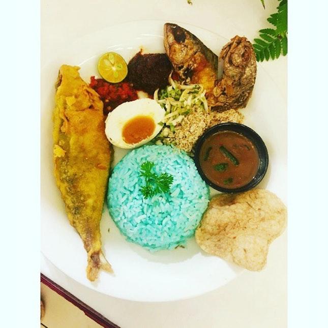Nasi Kerabu, a traditional Kelantan dish colored by the clitoria ternatea flower.