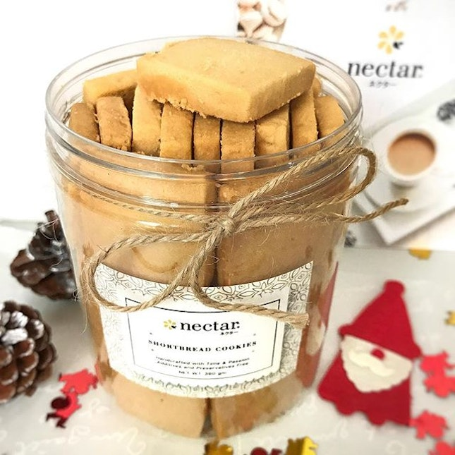 ❤️ I can't stop snacking on these addictive #shortbread cookies from @nectar_sg (formerly known as Milk and Honey- Artisan Yogurt + Dessert Bar) ❤️❤️ .
