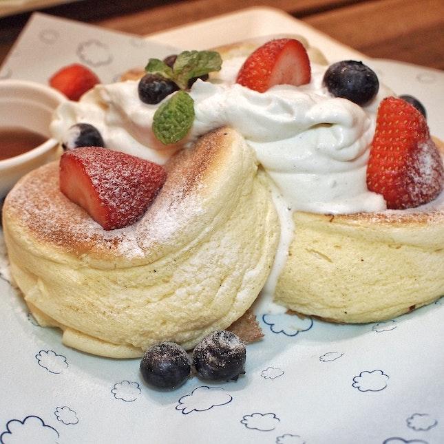 Poofy Pancakes $14