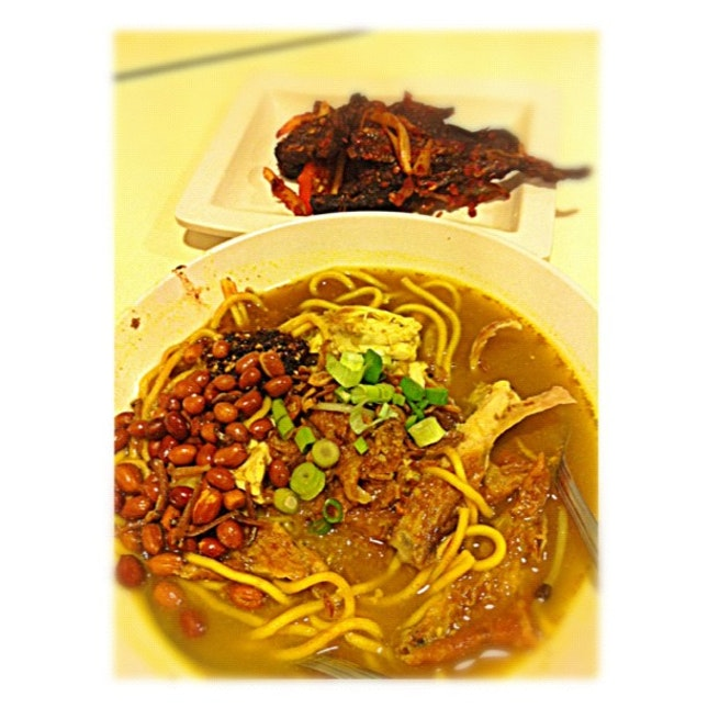 My $7 #lunch of Mee Soto & Sambal Paru two days ago.