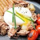 Weekend happiness - Pork hash & poached egg.