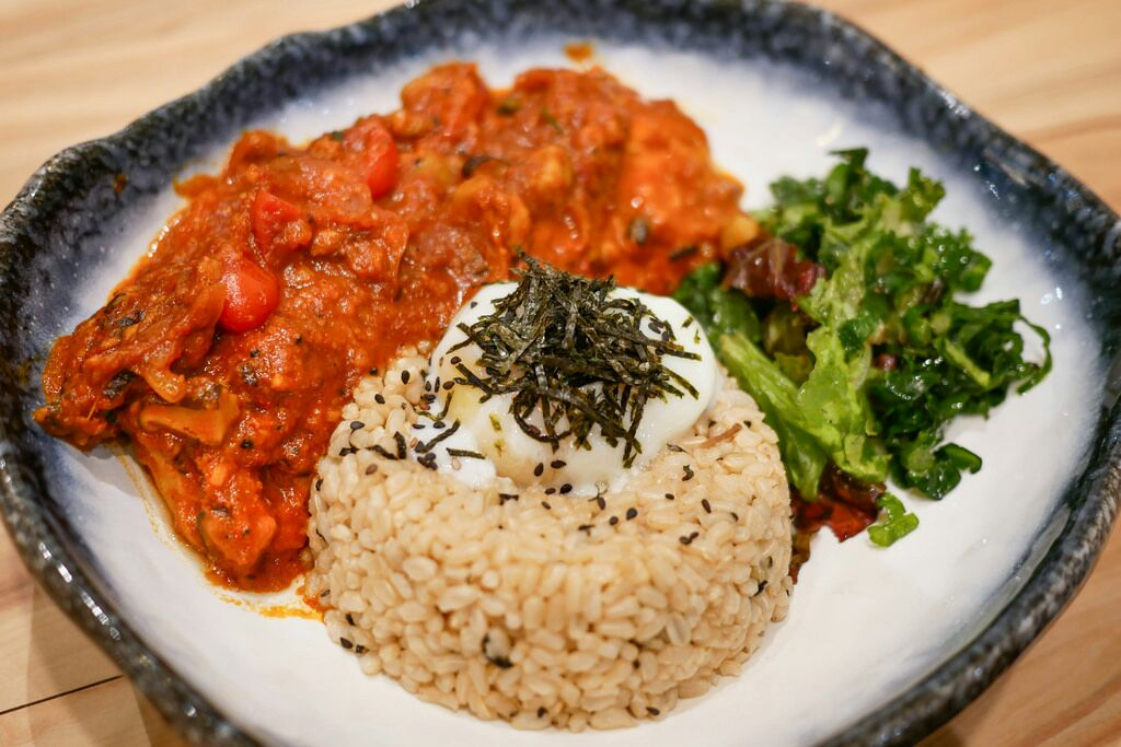 Cosy Cafe Serving Wholesome Healthy Food