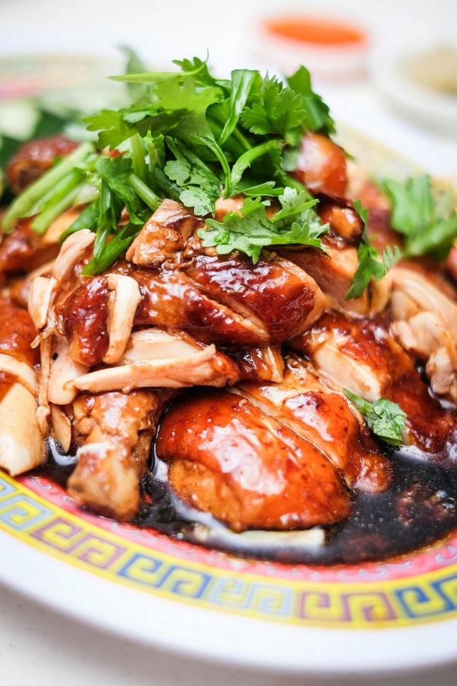 A Delightfully Saucy Twist on the Classic Chicken Rice