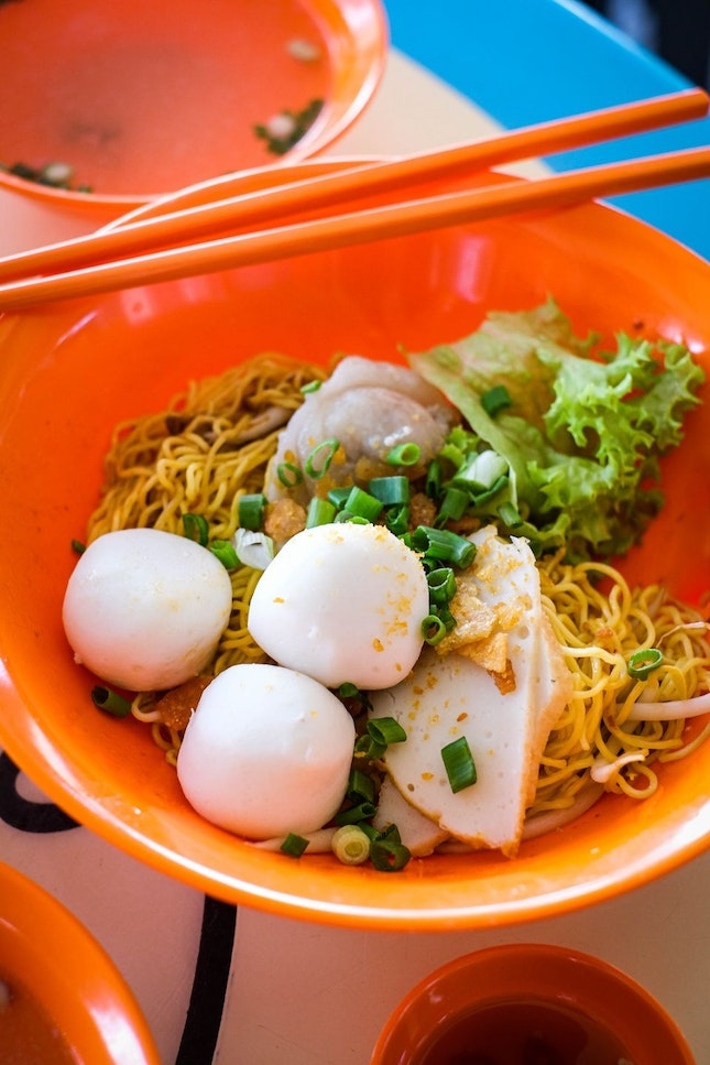 Young, Handsome Hawker Serves Up Delicious Fishball Noodles