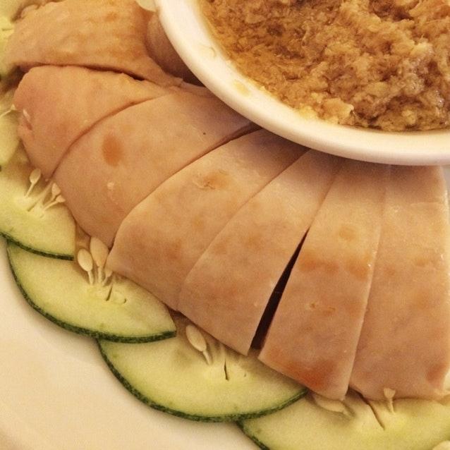 三水雞 Steamed Chicken with Grated Ginger