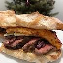 Steak and halloumi sandwich 🥪💕