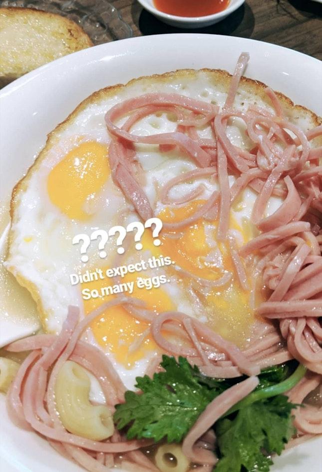 Macaroni With Ham And 3 Eggs
