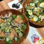 The Rabbit Hole Salad & Juice