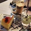 Queens Dessert Cafe Bistro
