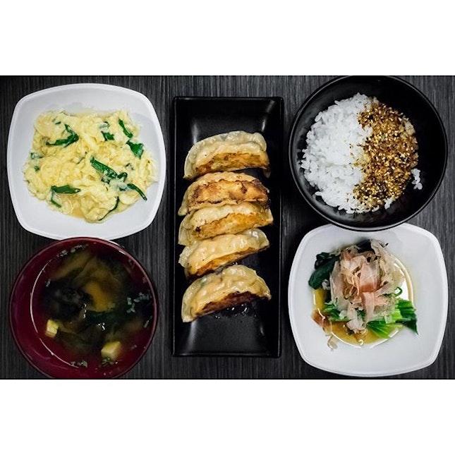 Gyoza set meal ($13.9).