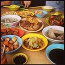 Bak Kut Teh lunch spread on Thursday.