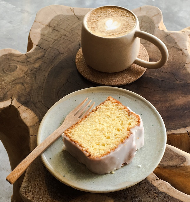 Butter Cake with Lemon Glazing, Flat White