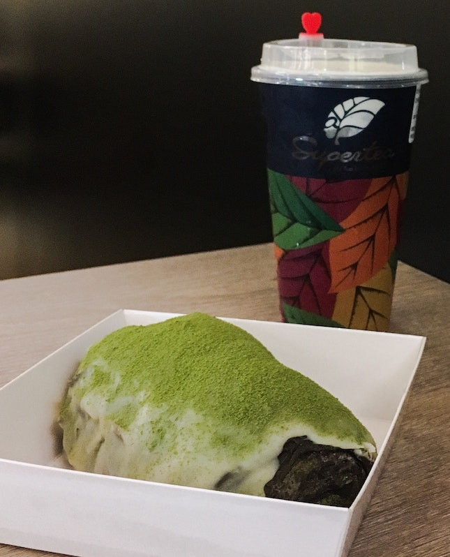 Matcha Dirty Bread + Oolong Cheese Tea