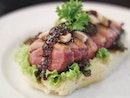 {Smoked Duck}  Not many cafes have smoked duck on their menu, much less halal-certified ones.
