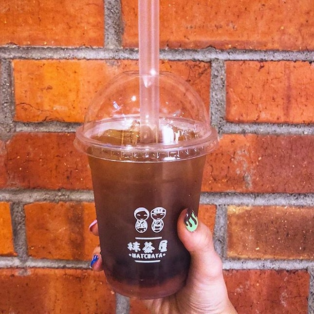 NEW Teassert series - 💁🏻♀️ ✅ [Clear tea: Shizuoka Momo Oolong] - SGD5 ** additional $0.50 with toppings 💖💖💖💖 —- The noble sweetness of Japanese white peach, with its fresh and subtle flavour, complements the Oolong well at just the right intensity.