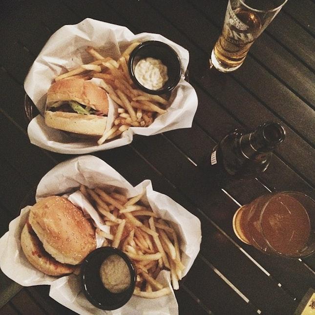 Burgers & beers 🍔🍻