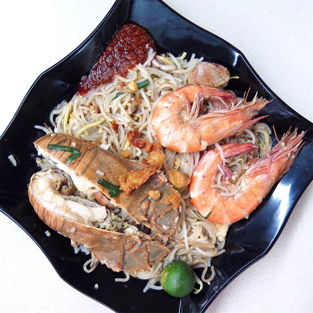 Crayfish Big Prawn Fried Hokkien Mee [$15]